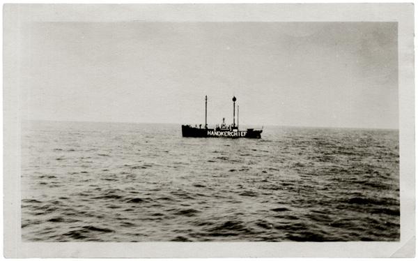 Autor anónimo, Handkerchief, 1927, Archivo Fotográfico de Lamberto Lagarde